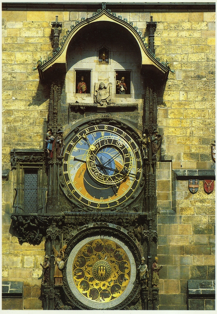 pragueastronomicalclock-scaled1000